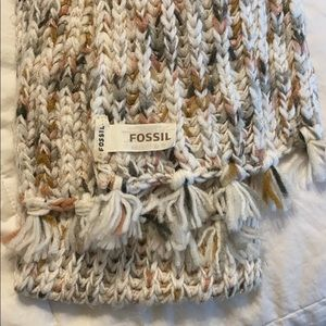 Fossil scarf.